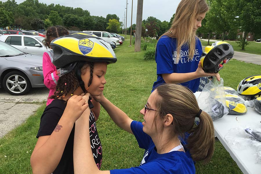 Green Bay Baycare Clinic Bikes A Community Wellness Initiative Of Baycare Clinic Will Give More Than 1000 Free Bike Helmets To The Public Between May